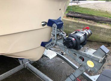 Elektrisk spil på bådtraileren